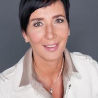 Kristine Las.